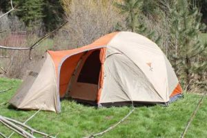 expedition tent in nature