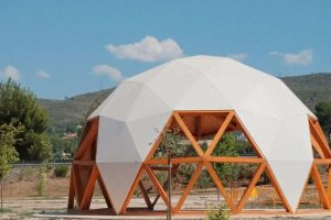 What Is A Geodesic Tent And Why Is So Popular?
